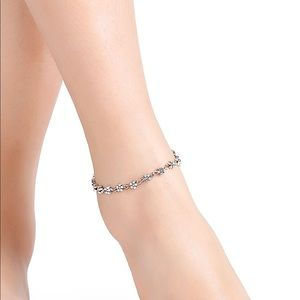 SILVER FLORAL CHAIN ANKLET